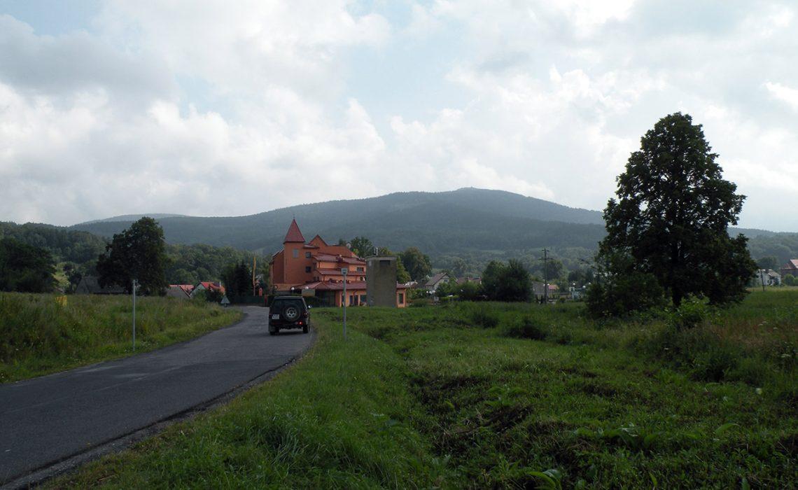 Góry Opawskie - widok na Biskupią Kopę
